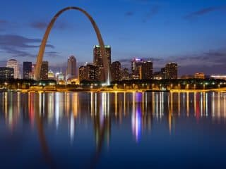 Explore the city on a Mission Trip or Pilgrimage to St. Louis with Wonder Voyage.