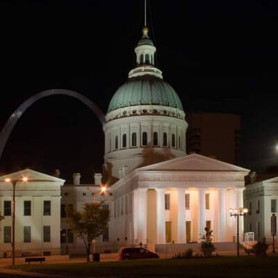 Explore the Old Courthouse on a Mission Trip or Pilgrimage to St. Louis with Wonder Voyage.