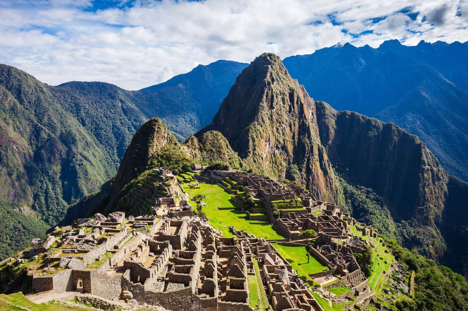 Modern 7 wonders of the world -  Voyage To One Of The Seven Wonders Of The Modern World