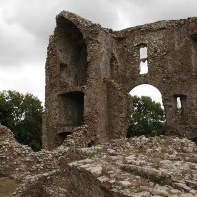 Explore Roscommon Castle on a pilgrimage or mission trip to Wales with Wonder Voyage.